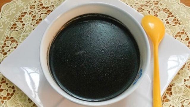 Chè mè đen nước dừa
