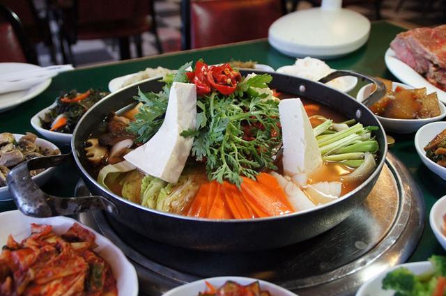 Lẩu hải sản Hàn Quốc