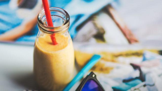 Sinh tố chuối sữa chua